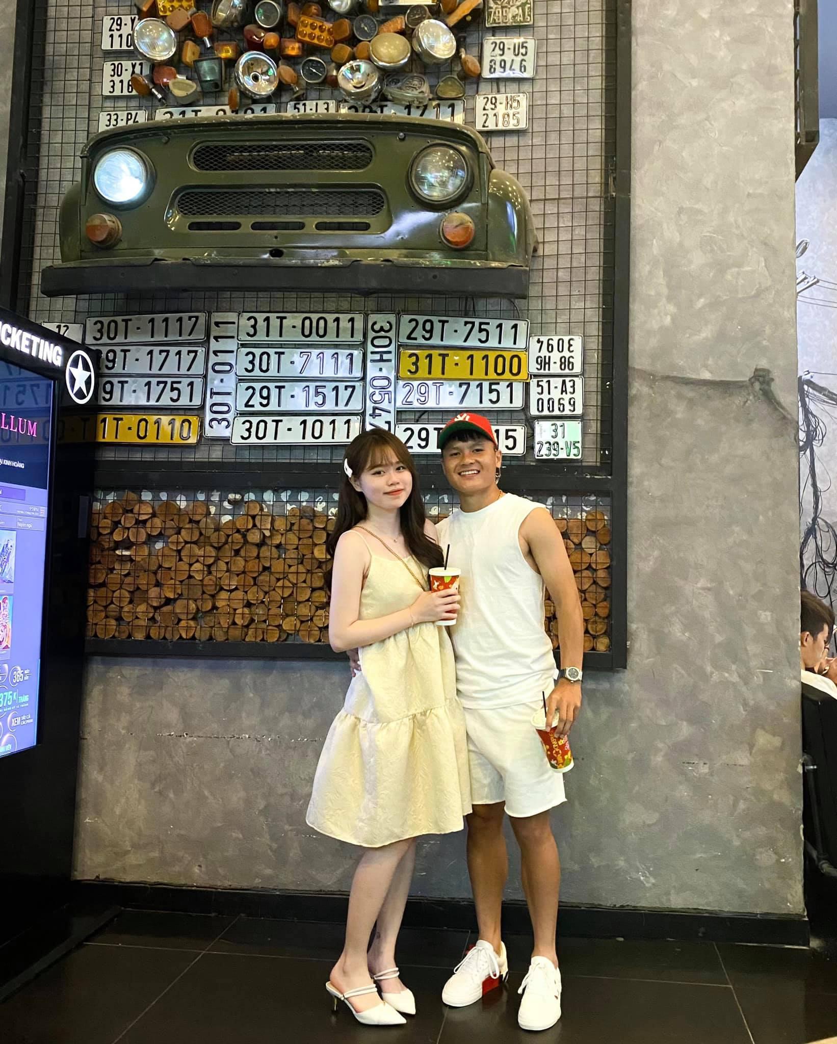 Quang Hải đăng ảnh tình tứ, nói lời ngọt ngào với Huỳnh Anh hậu tin đồn chia tay