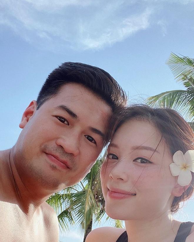 Phillip Nguyễn - Linh Rin: Mặn nồng bên nhau 3 năm nay, hoá ra người tỏ tình trước lại chính là nàng hotgirl!