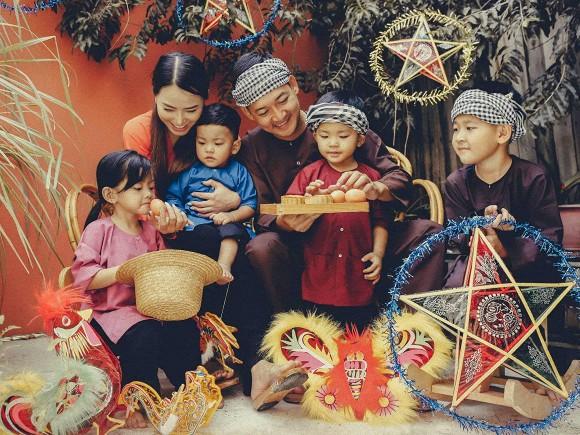 Sao Việt hào hứng đón Trung thu: Người quây quần bên gia đình, người miệt mài thả thính