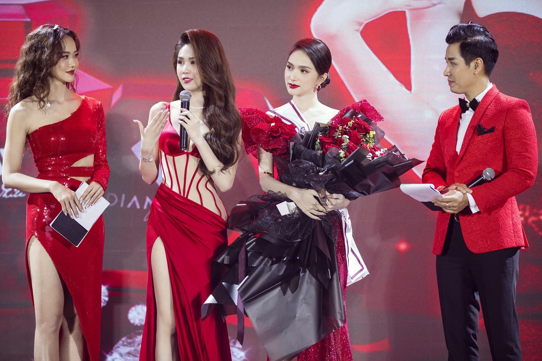 Hương Giang gây tranh cãi khi gọi Lâm Khánh Chi bằng tên trước khi chuyển giới