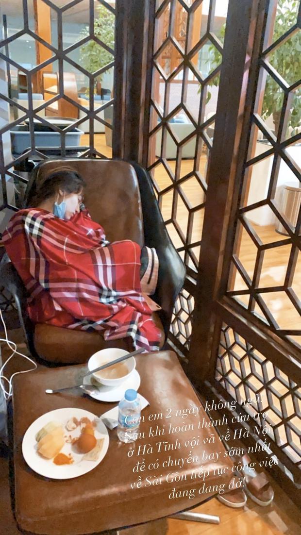 Xót xa hình ảnh Hoà Minzy thức trắng 2 đêm liền đến mức kiệt sức sau chuỗi ngày đi cứu trợ bà con miền Trung