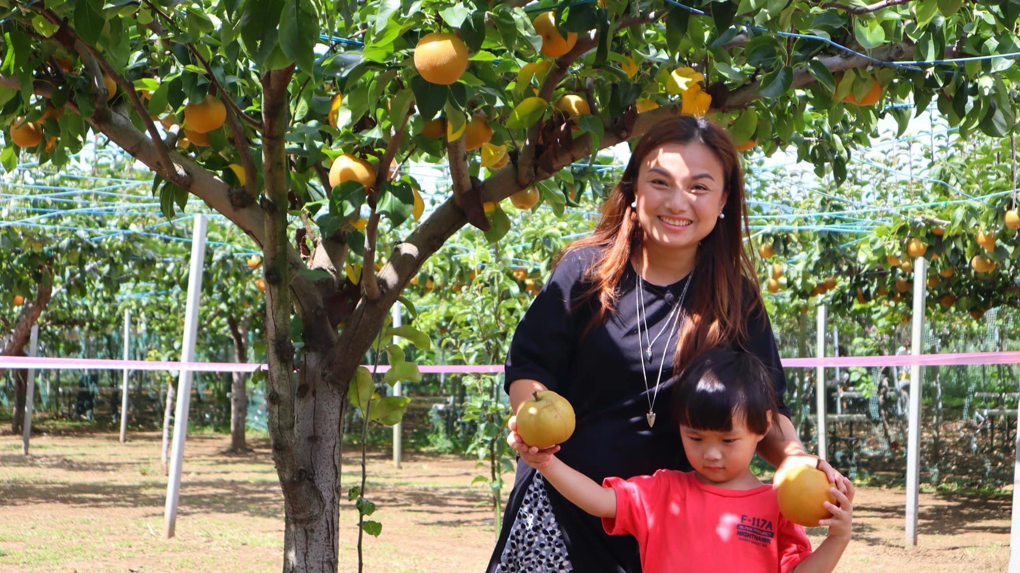 Quỳnh Trần JP ủng hộ 100 triệu đồng giúp đỡ người dân miền Trung