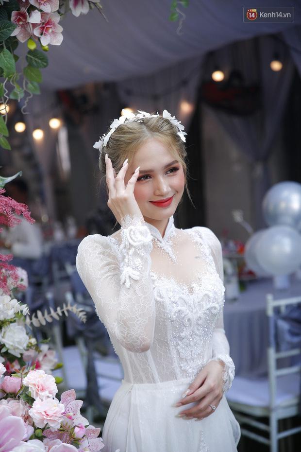 Nhan sắc cô dâu Xoài Non trong ngày trở thành vợ của streamer triệu đô Xemesis khiến netizen trầm trồ