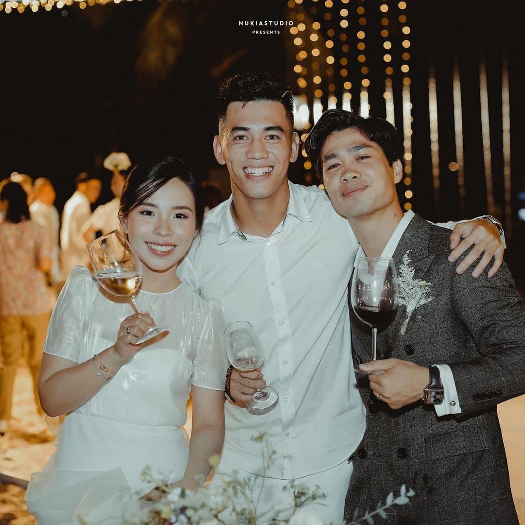 Khoảnh khắc đẹp nhất đám cưới Công Phượng - Viên Minh: tình yêu đơn giản chỉ là đây!