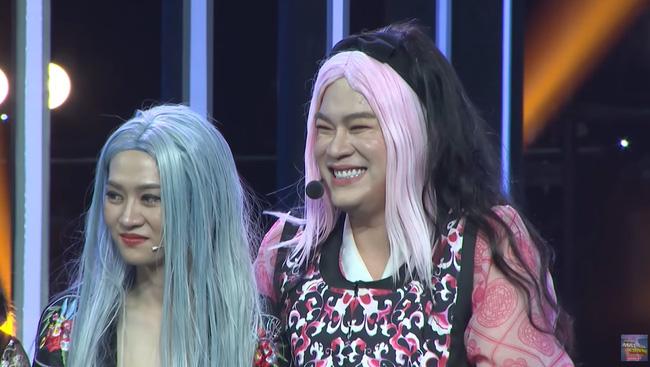 Hot Tiktoker Long Chun gây sốc khi hoá thân thành Jennie (BLACKPINK)