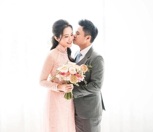 Midu lên tiếng chuyện tình cũ Phan Thành đi lấy vợ sau khi liên tục bị dân mạng réo tên
