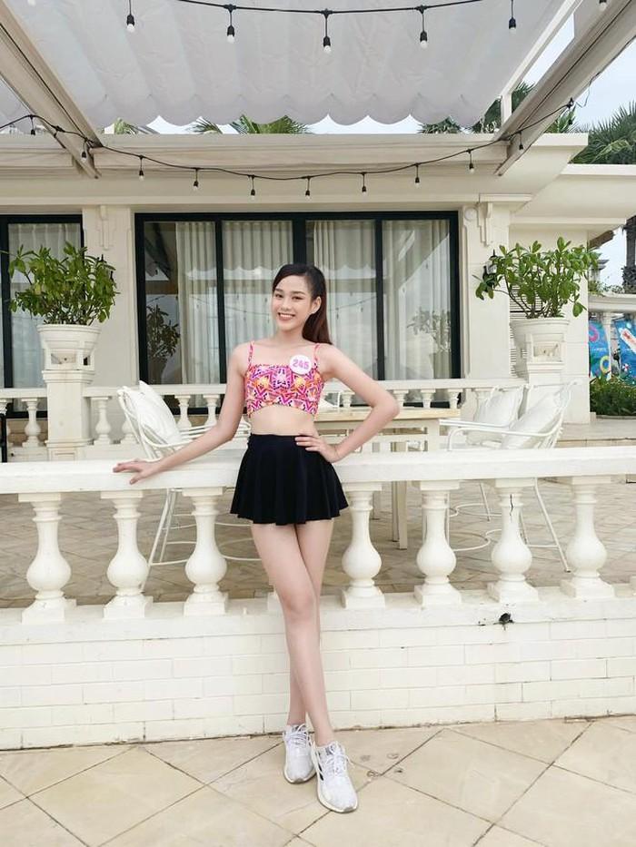Netizen khui lại ảnh ngày ấy - bây giờ của Đỗ Thị Hà, gây chú ý nhất là đôi chân 1m1