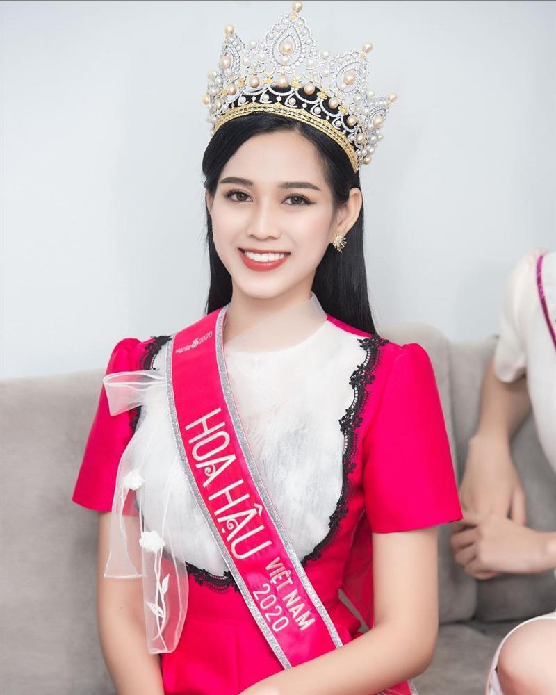 Duy Khánh phản ứng gay gắt khi bị tố tố chỉnh sửa ảnh để dìm hàng Tân Hoa hậu Việt Nam