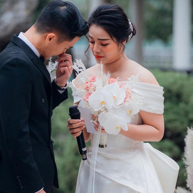 Khánh Linh bật khóc nhắn nhủ Bùi Tiến Dũng: Em yêu anh từ những điều giản dị