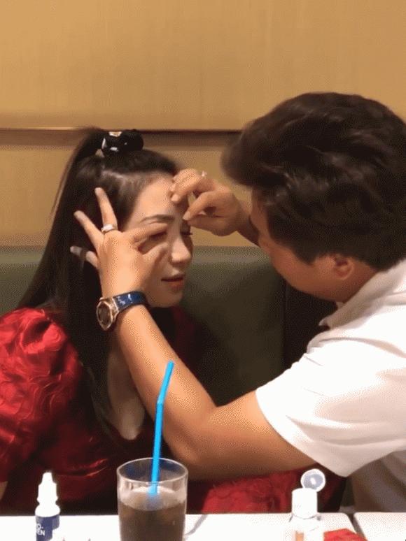 Ngôn tình như Hoà Minzy được người yêu chăm cho từng tí!