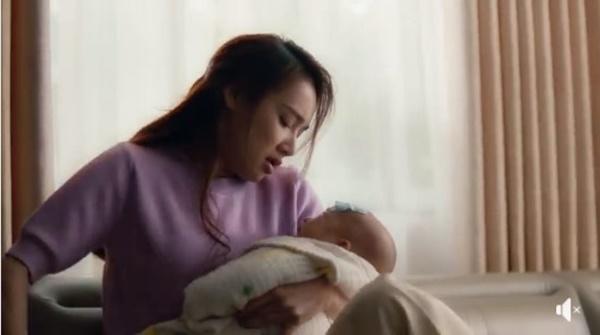 Nhã Phương kể chuyện bị băng huyết khi sinh con