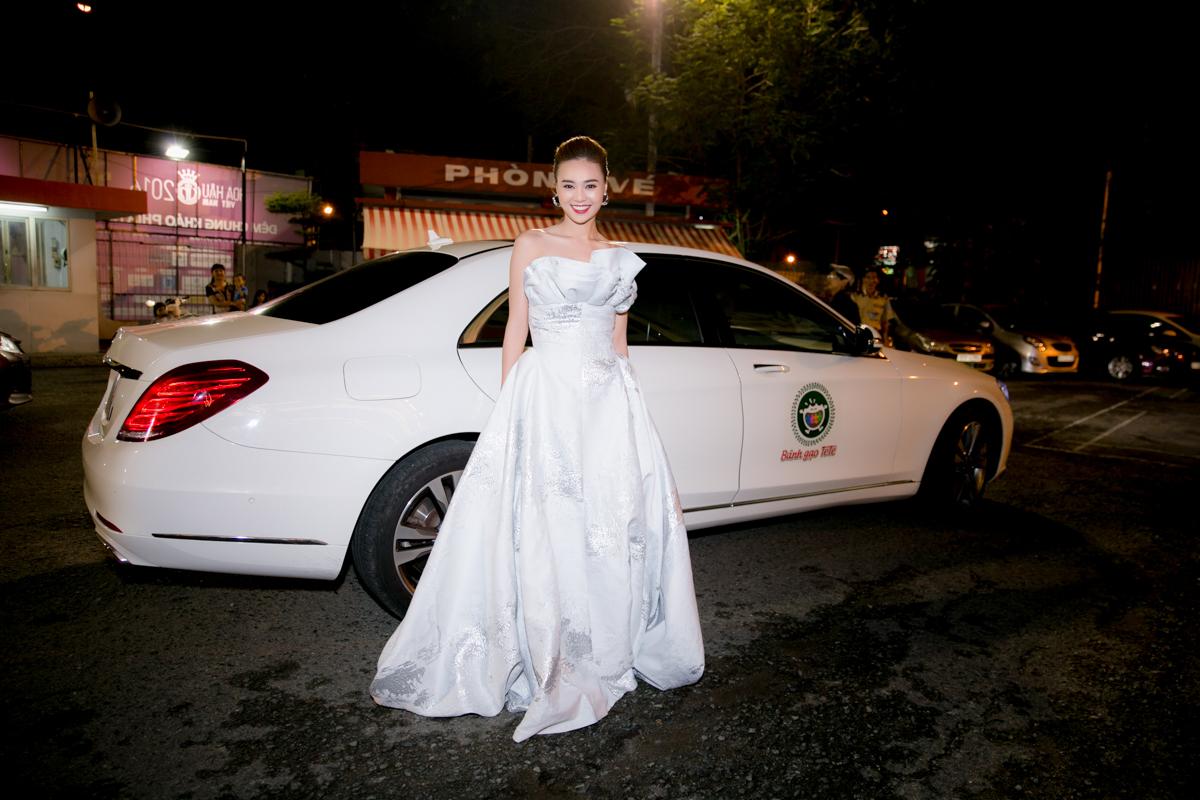 Lâm Vỹ Dạ tiết lộ Ninh Dương Lan Ngọc kiếm 40 tỷ/năm