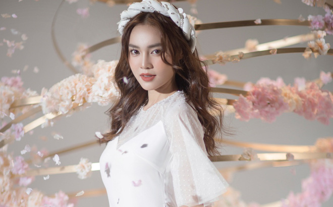 Lan Ngọc khiêm tốn thừa nhận bản thân không đủ tầm làm ngọc nữ, ai ngờ bị netizen phản dame cực gắt