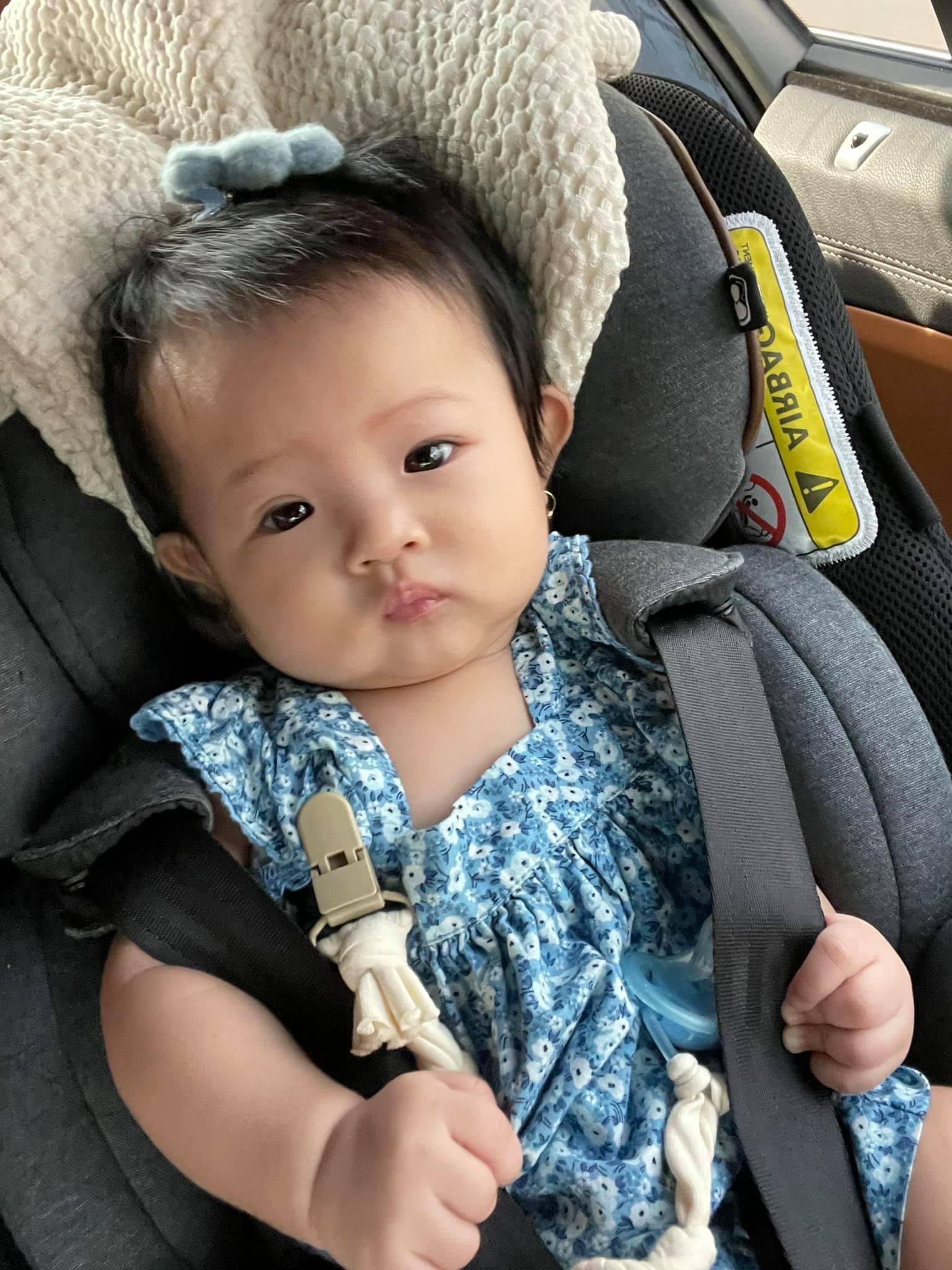 Ngày Valentine, Đàm Thu Trang lần đầu công khai cận cảnh diện mạo con gái Suchin