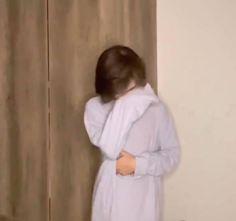 Trần Đức Bo bật khóc nức nở trên livestream, sau khi kênh Tiktok 1,4 triệu follow bị xóa sổ