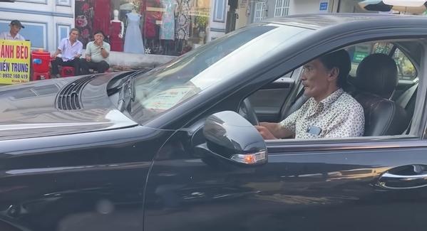 Chủ nhà trọ tiết lộ diễn viên Thương Tín đã nợ 2 tháng tiền trọ từ trước Tết