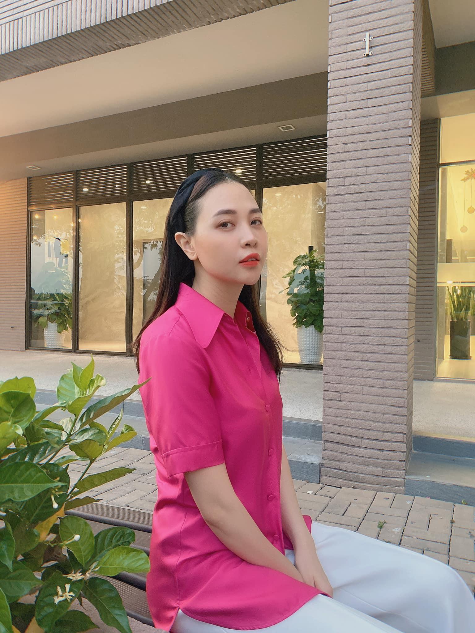 Đàm Thu Trang hiếm hoi khoe body quyến rũ sau sinh, chứng minh gái một con trông mòn con mắt
