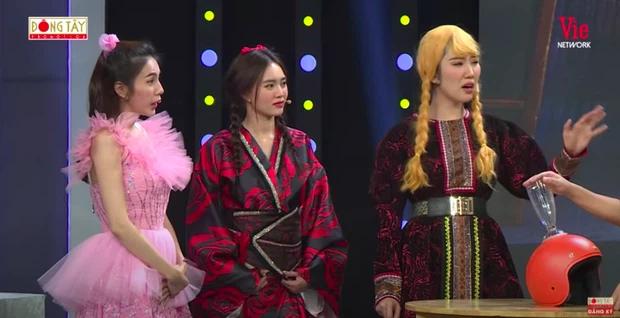 Hội ngộ Thủy Tiên sau ồn ào liếc xéo đàn chị, Ninh Dương Lan Ngọc bị yêu cầu rời khỏi gameshow