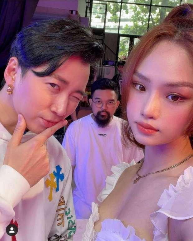 Karik bất ngờ tung ảnh cùng Miu Lê lúc nửa đêm, tính công khai hay gì?