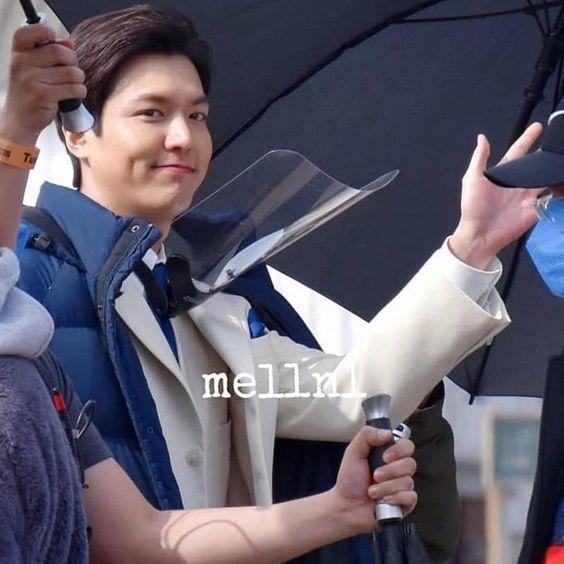 Sốc với nhan sắc thật của Lee Min Ho do người qua đường chụp được, thay đổi tới mức không ai ngờ tới
