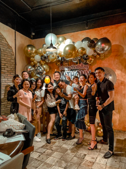 Lệ Quyên và tình trẻ cùng tổ chức sinh nhật cho con trai riêng của nữ ca sĩ, cách Lâm Bảo Châu xưng hô với bé Bo gây chú ý