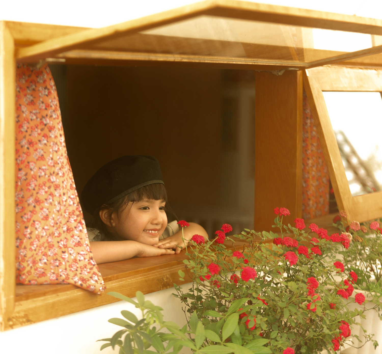 Orange và Hoàng Dũng bắt tay truyền tải tâm tư của những người trẻ càng trưởng thành càng muốn về nhà