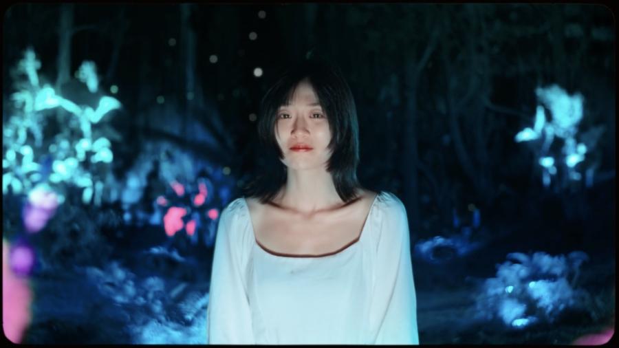 Đặt tên bài hát là Em Đừng Khóc nhưng Chillies để nữ chính MV mới khóc từ đầu đến cuối