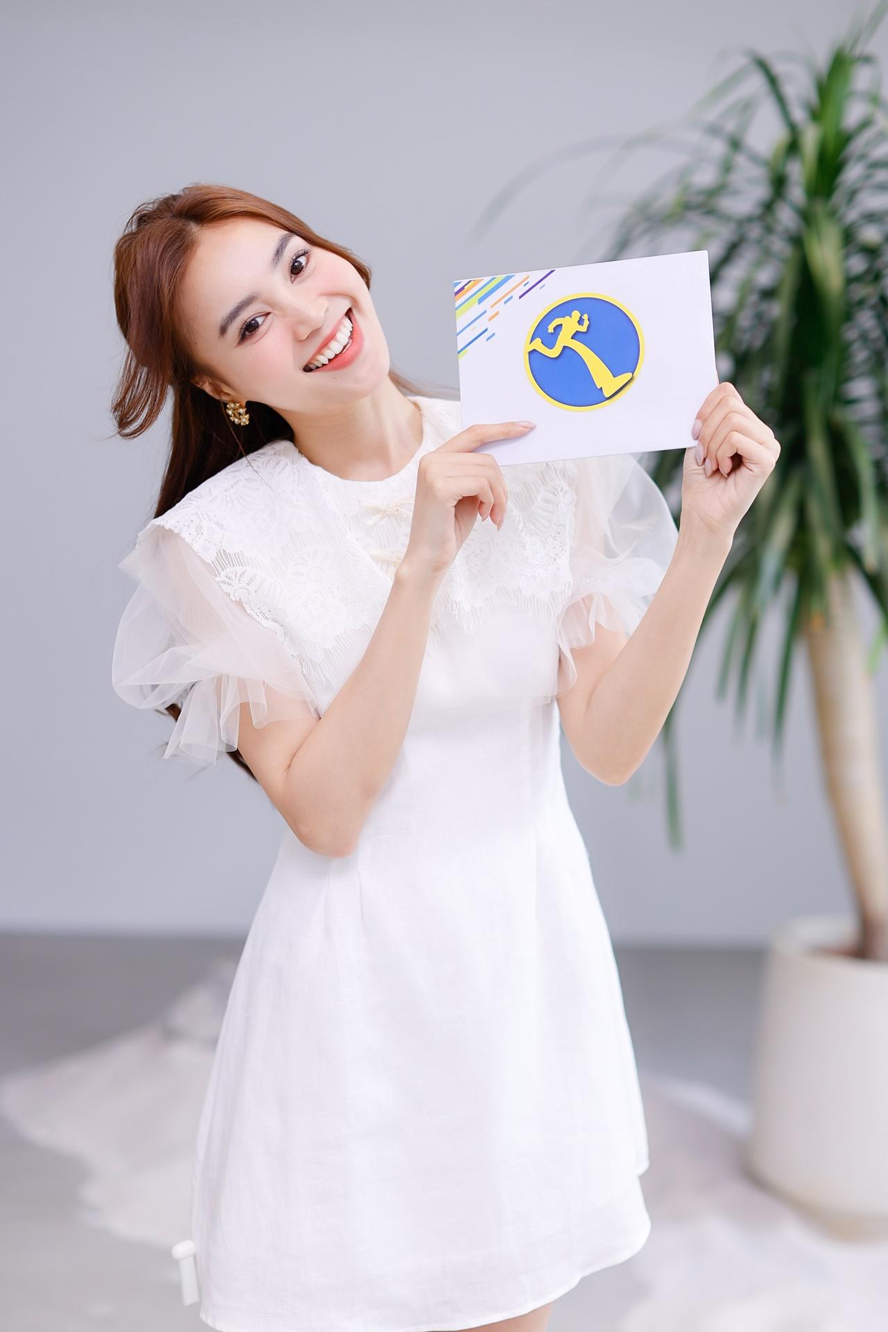 Karik quyết không giữ hình tượng, Lan Ngọc tiếp tục trở thành nữ hoàng cơ hội tại Running Man Vietnam mùa 2