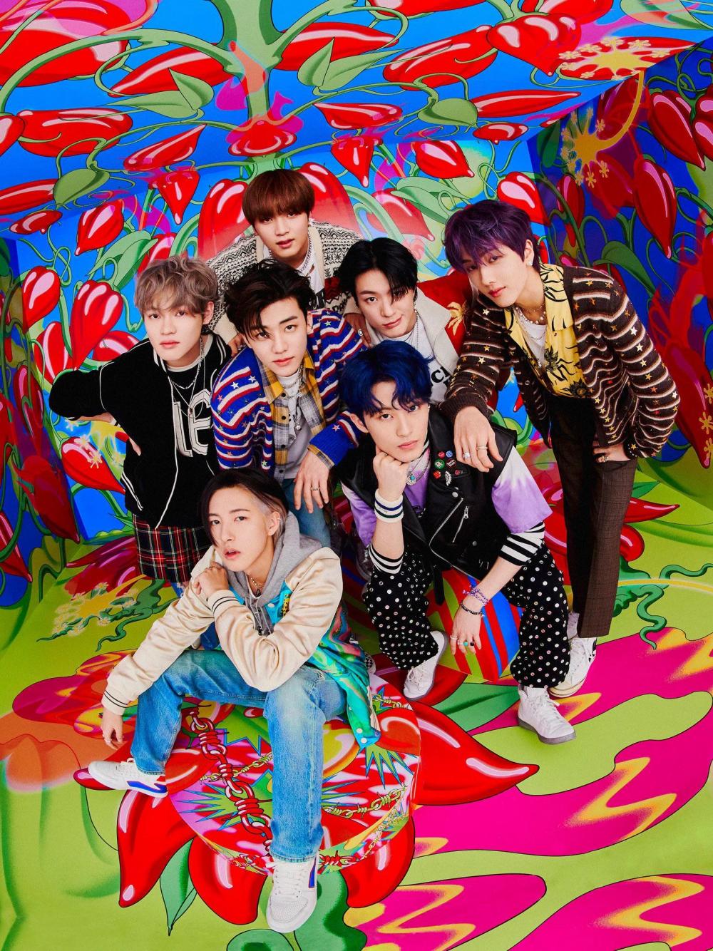 NCT Dream comeback với 10 ca khúc trong album đầu tay cùng chủ đề gây nghiện Hot Sauce