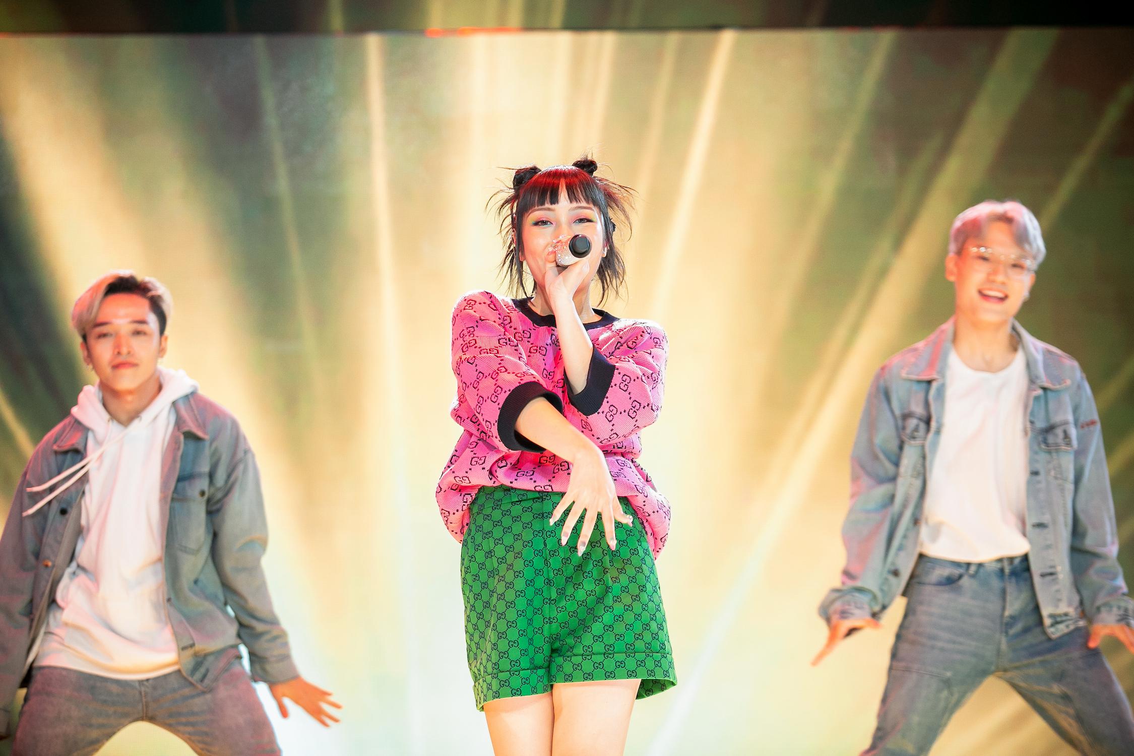 """Jsol đem """"Phép thuật Winx Enchantix"""" lên sân khấu The Heroes tập 3"""