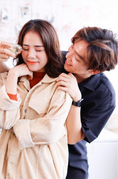 Hương Ly tình tứ lãng mạn bên Tăng Phúc trước khi chia tay