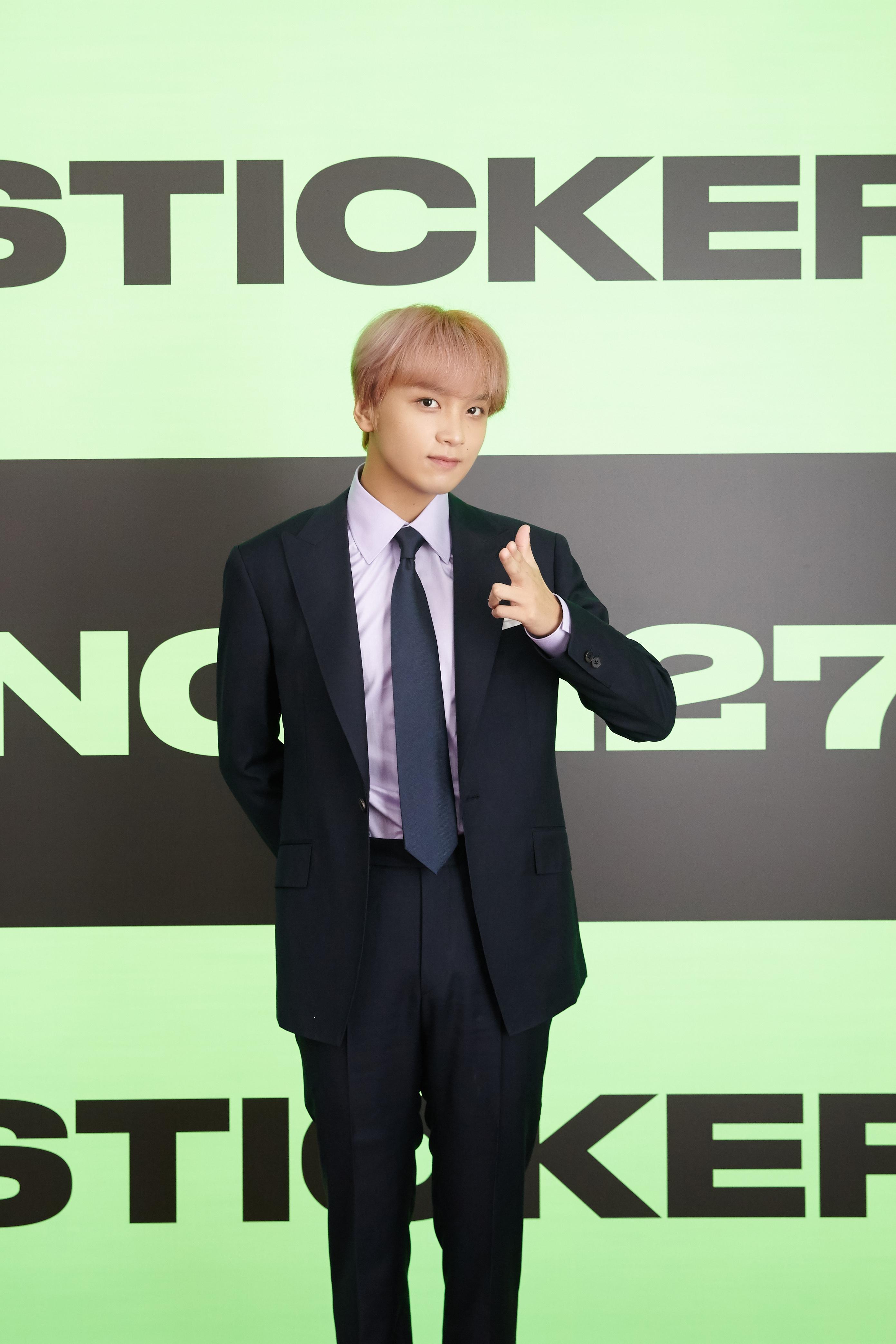 NCT 127 tái xuất đường đua Kpop với full album thứ 3 'Sticker', nhận về hơn 2,12 triệu đơn đặt hàng trước, trở thành 'Double Million-Sellers'!