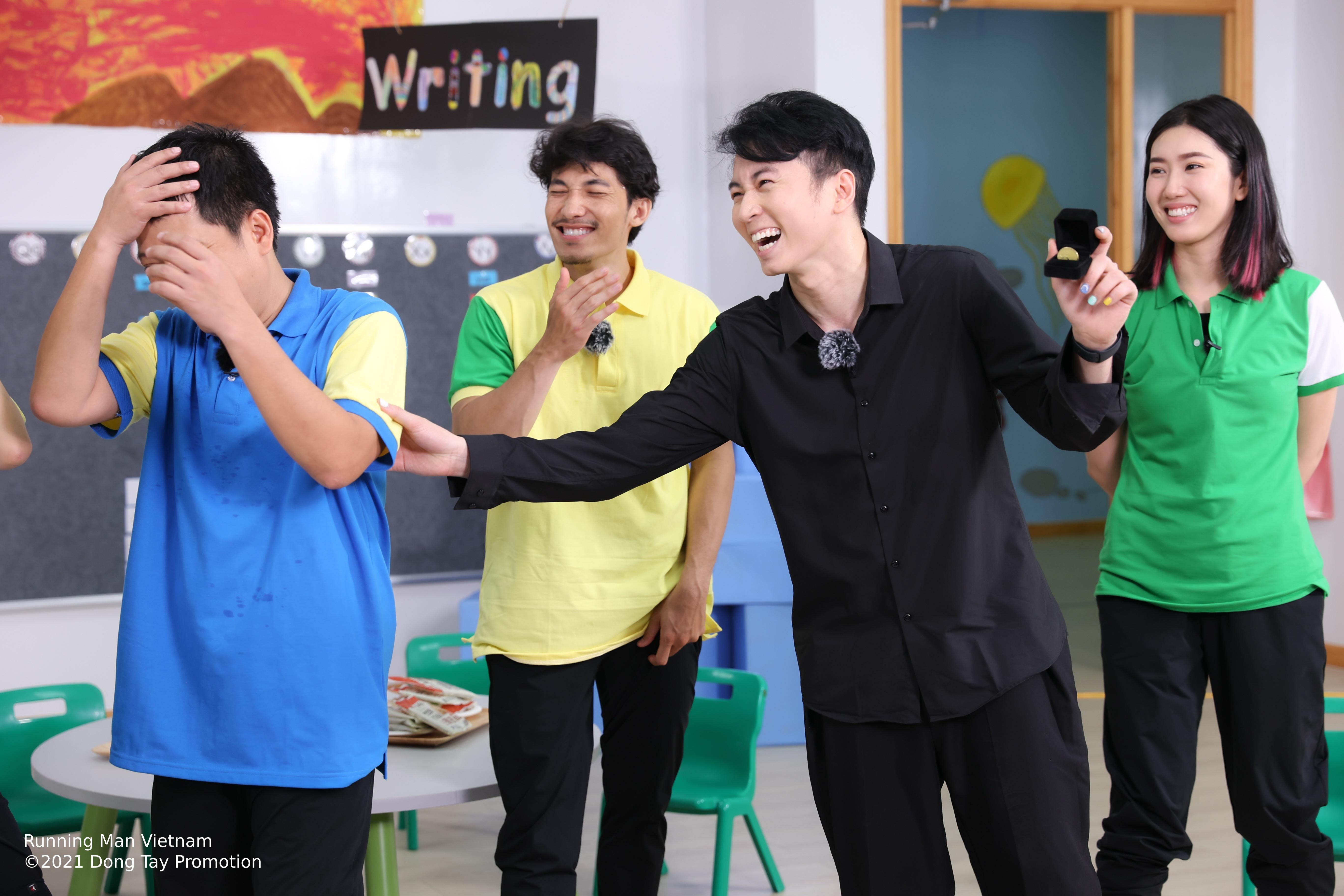 Gián điệp Karik thao túng Trường Giang, chia rẽ cả dàn cast Running Man Việt Nam!