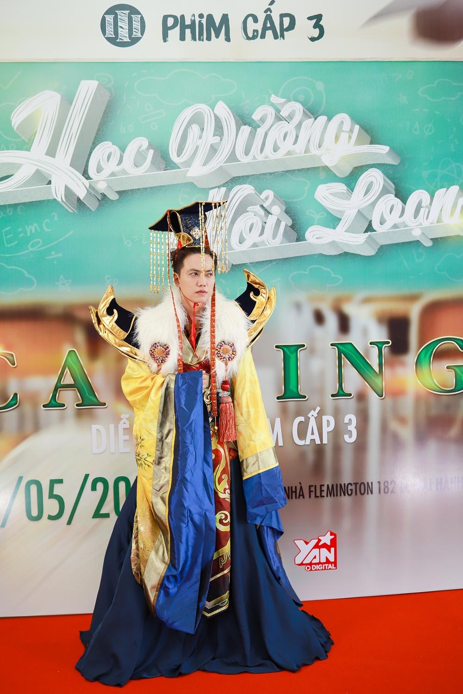 Tronie Ngô, thiên thần cover San hào hứng đến tham dự buổi casting phim Cấp 3 Phần 9 do Ginô Tống làm đạo diễn