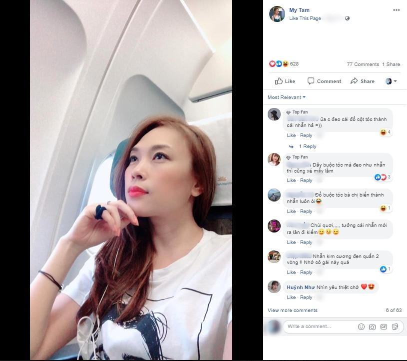 Phản ứng lầy lội của chị trợ lý Mỹ Tâm khi phát hiện fan chụp trộm trên máy bay