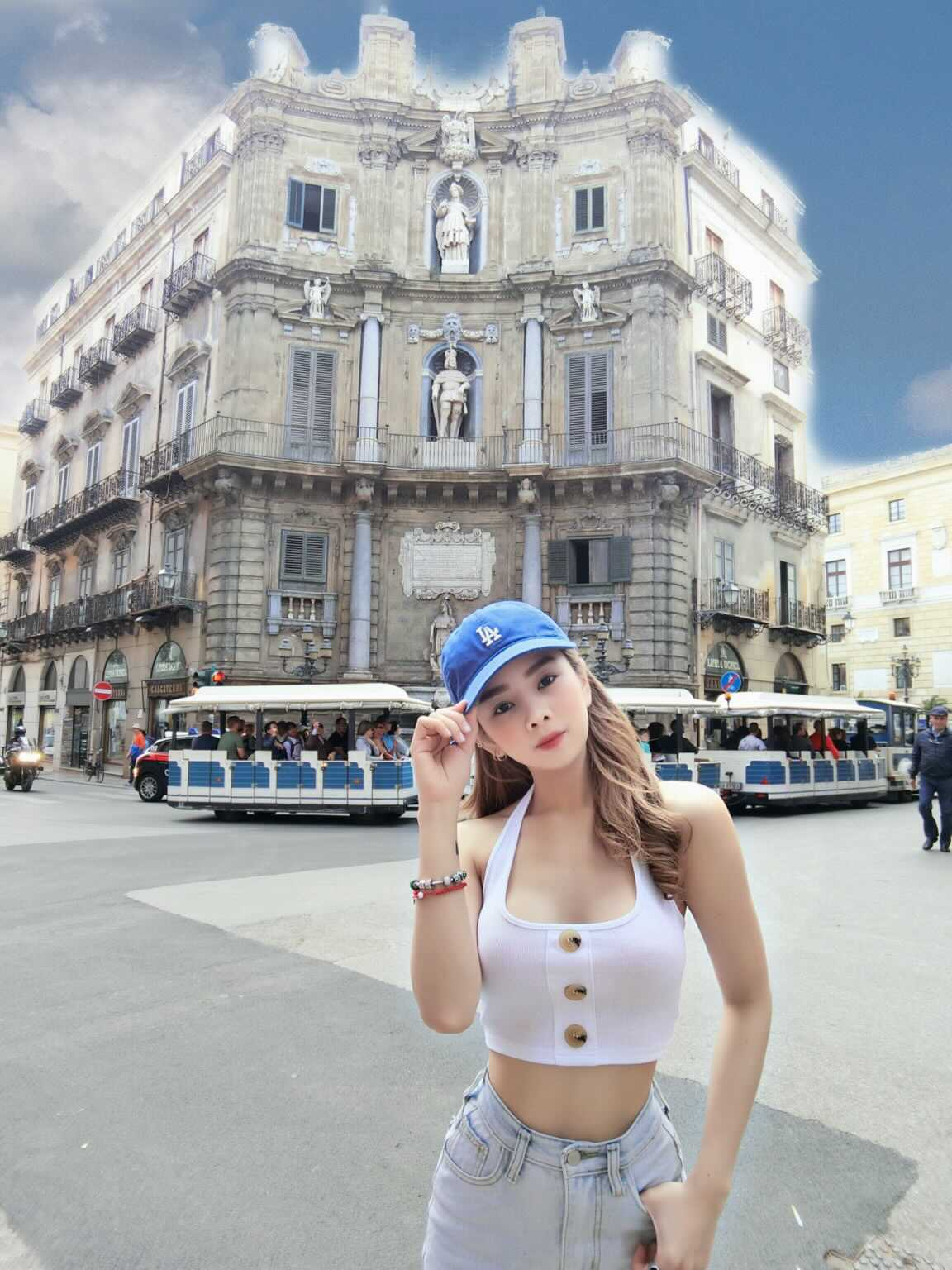 Ngất ngây với loạt ảnh DJ Mie thả dáng tại châu Âu trong chuyến lưu diễn trên du thuyền hạng sang