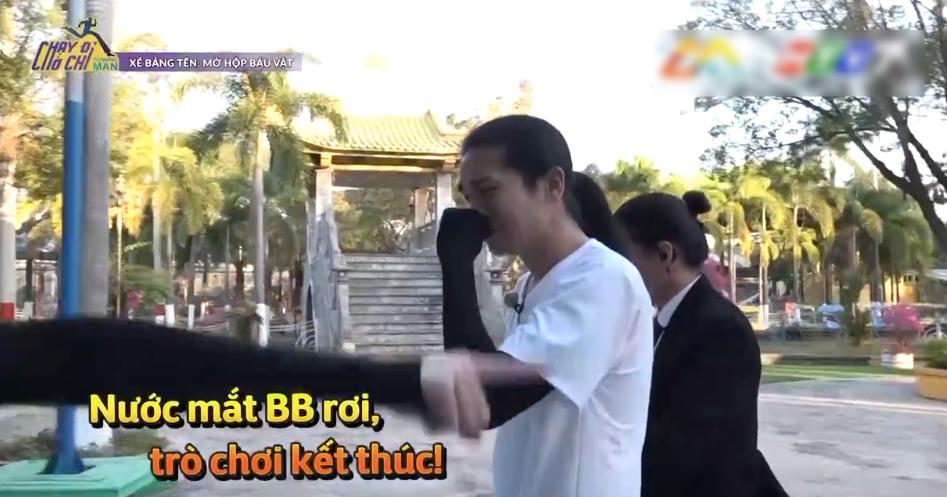 Nam Thư hả hê khi chứng kiến ngày BB Trần bị quả báo trong trò chơi xé bảng tên