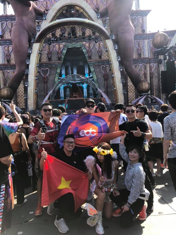 Nguyễn Hữu Linh - chàng raver nổi bật giữa Ultra Singapore: Tôi đã khóc khi âm nhạc vang lên