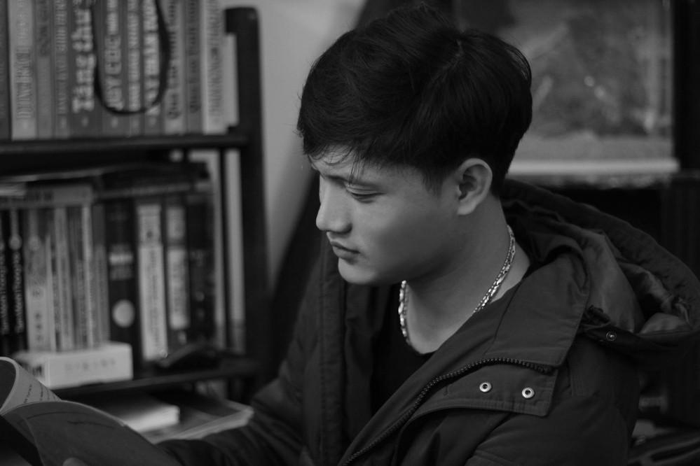 Cận cảnh nhan sắc và body cực phẩm của Việt Dũng - soái ca khiến Lê Lộc từ chối Tuấn Dũng trong Người ấy là ai