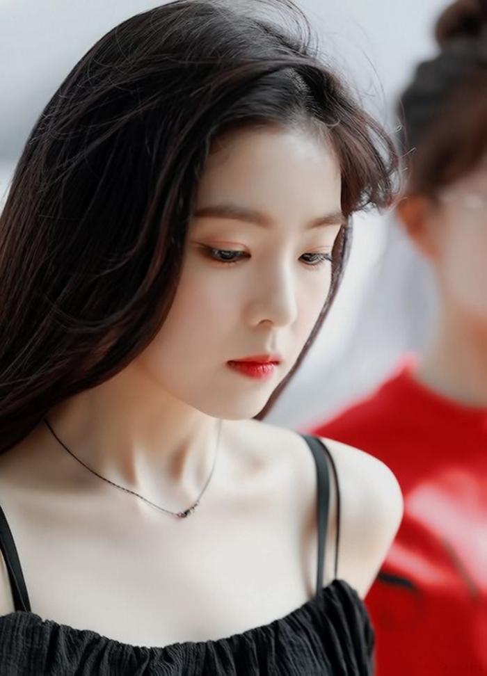 Nữ thần đẹp nhất nhà SM - Irene khoe vẻ đẹp siêu thực như búp bê sống dù đã 30