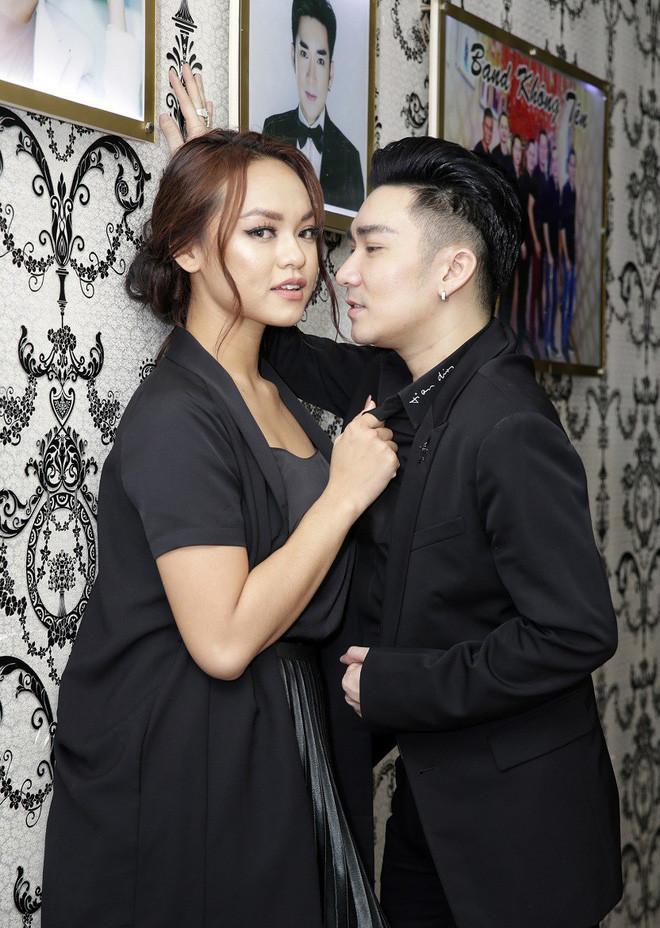 Quang Hà tung phiên bản mới cho ca khúc vướng lùm xùm đạo nhái Day by Day của T-Ara