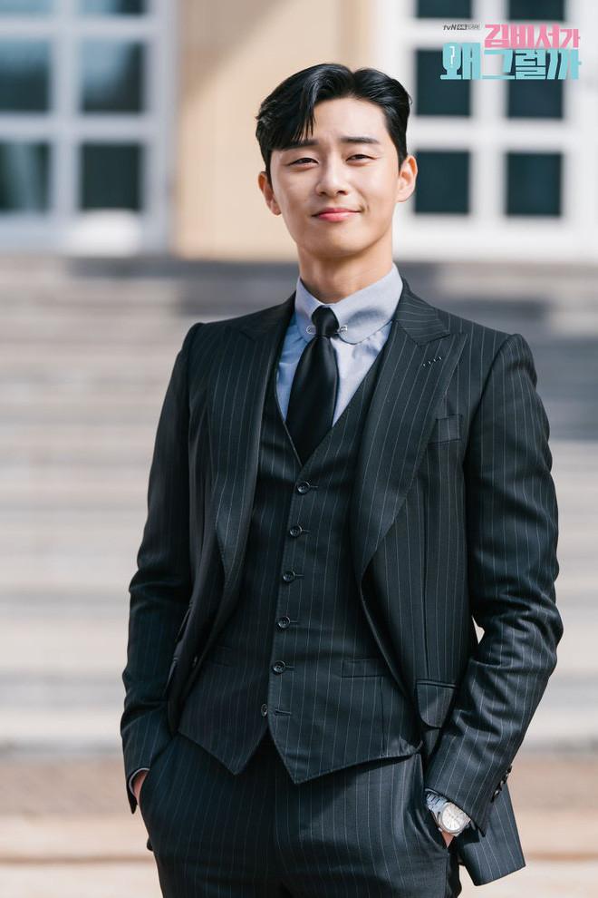Sơn Tùng M-TP bảnh bao ra dáng Chủ tịch trong buổi công bố dự án Sky Tour