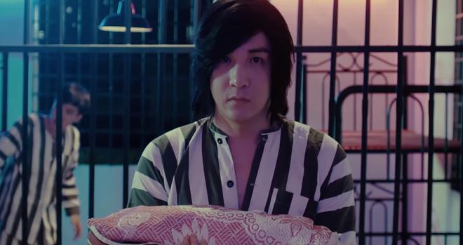 Webdrama của Lâm Chấn Khang vừa hạ bệ Sơn Tùng: Đánh đấm như... siêu anh hùng, có cả màn tái sinh cực lầy