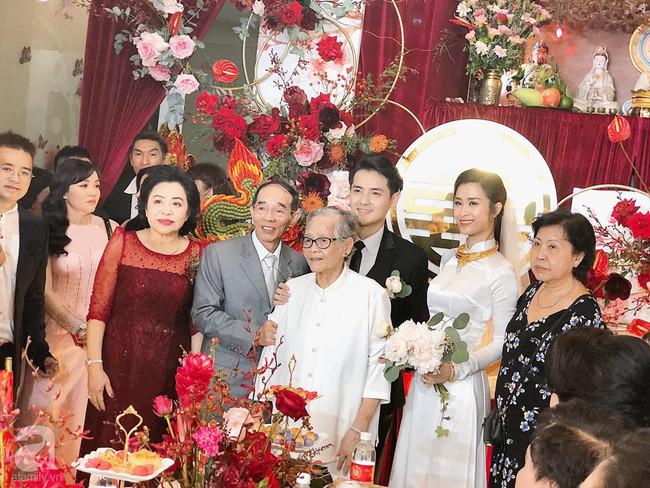 Bố Ông Cao Thắng chia sẻ cảm xúc về Đông Nhi: Chúng tôi may mắn có được đứa con dâu tuyệt vời