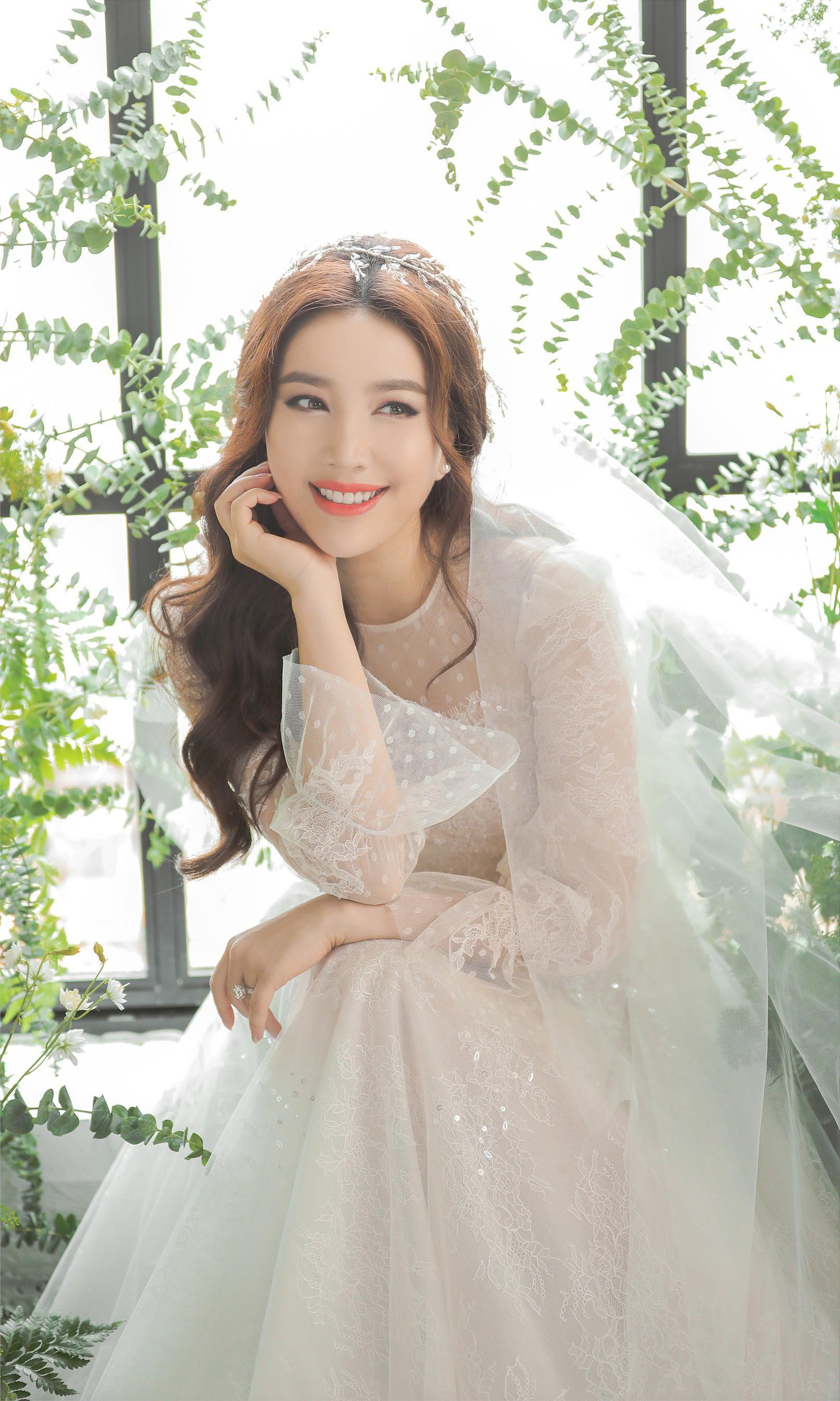 Chính thức lộ diện 5 nghệ sĩ khách mời tại đám cưới ca sĩ Bảo Thy: Không thể thiếu hoàng tử Quang Vinh