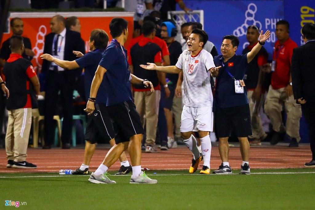Nhọ như Quang Hải: Chưa kịp ra sân ra sân trọng tài đã thổi còi kết thúc trận đấu