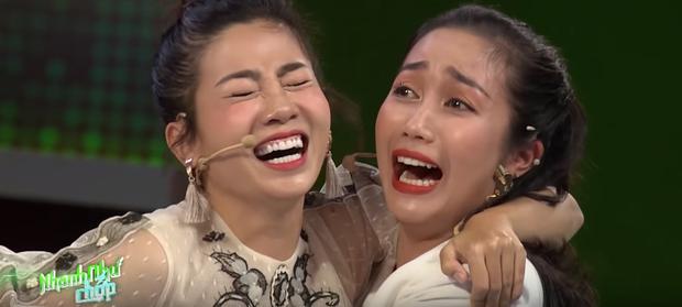 Rơi nước mắt trước hình ảnh Trường Giang bịt micro nhắc bài cho Mai Phương giành 80 triệu đồng trước khi mất