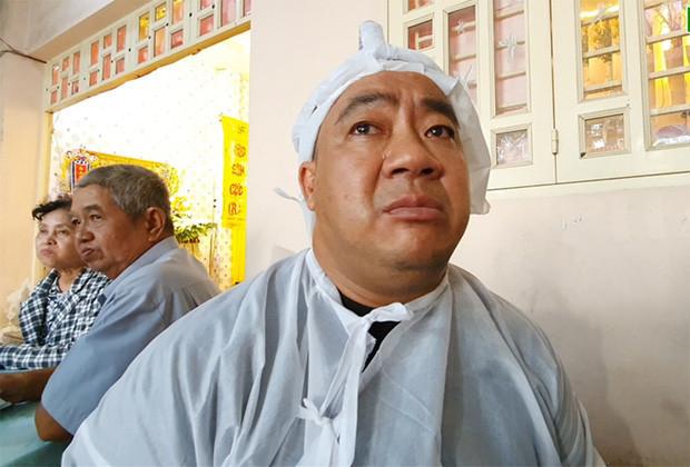 Dàn sao Việt đến chia buồn cùng Hiếu Hiền trong đám tang cha
