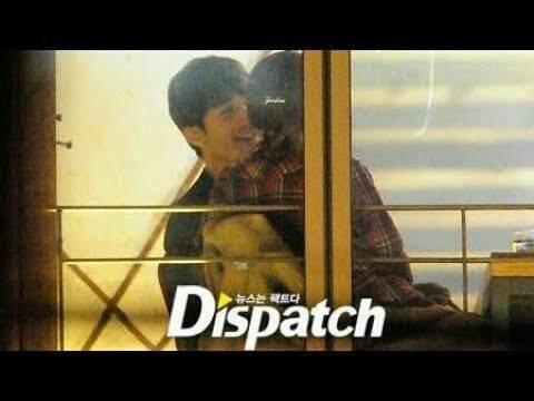 Náo loạn loạt tin tức Kbiz siêu nóng: Lee Dong Wook - Song Ji Hyo hẹn hò, lộ ảnh G-Dragon gặp Sơn Tùng trong quân ngũ