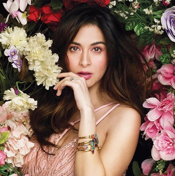 Bầu 8 tháng, mỹ nhân đẹp nhất Philippines tự tin cởi áo khoe bụng, fan xuýt xoa: Tiên hạ phàm